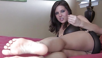 Cumshot on my lovely feet  i know how much you love to worship feet and blowjob toes but what you really love to do is jerk your cock for them. I know how much you love to worship feet and sucks toes but what you really love to do is jerk your cock for them